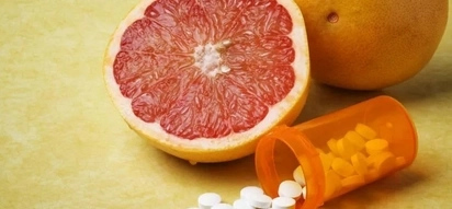 Why you should NEVER mix these 8 foods & medications