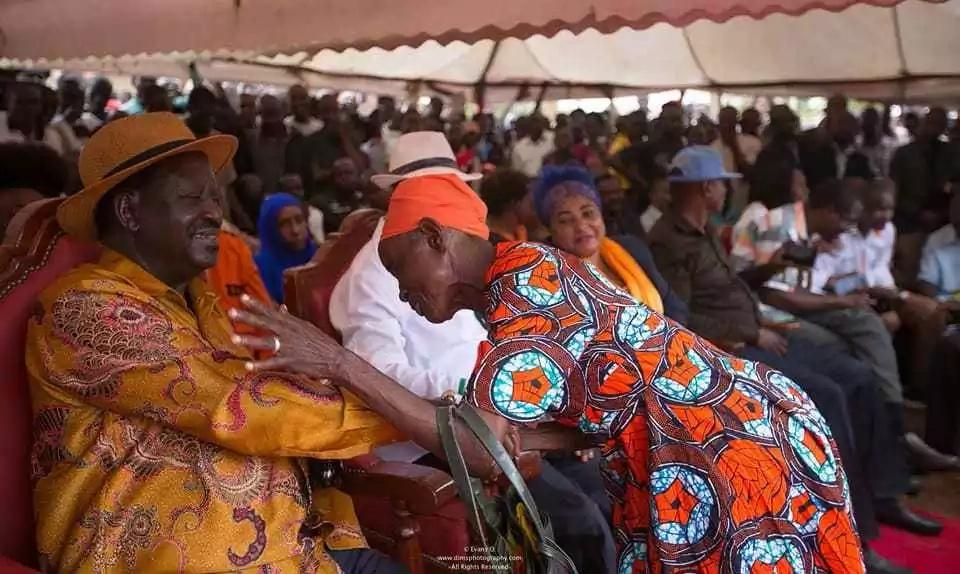 Raila atoa KSh 100,000 kwa wafuasi wa NASA waliojeruhiwa katika maandamano dhidi ya IEBC