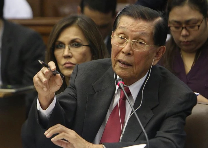 Enrile backs Duterte's citizen arrest order