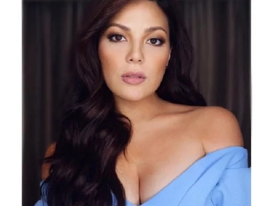Suklay din 'pag may time! KC Concepcion's tweet on brushing her hair angers netizens