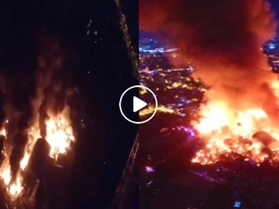 Ingat po kayo! Massive fire ravages residential area in Mandaluyong City
