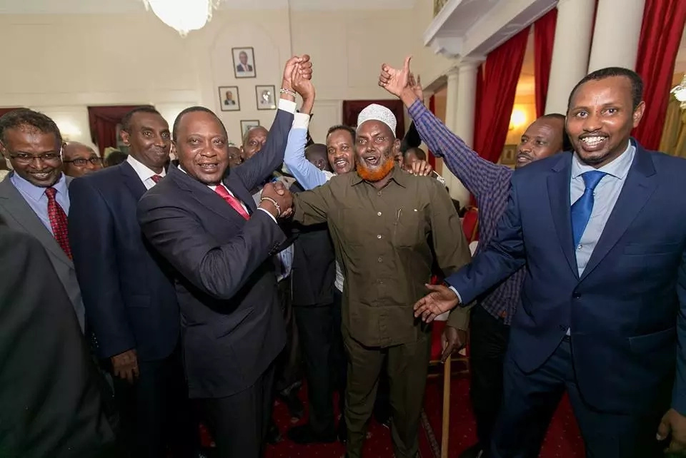 Uhuru receives defectors from ODM