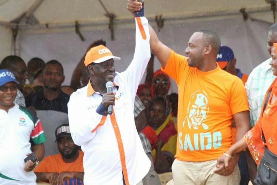Blow to Moha Jicho Pevu as Raila openly endorses his rival in race for Nyali MP