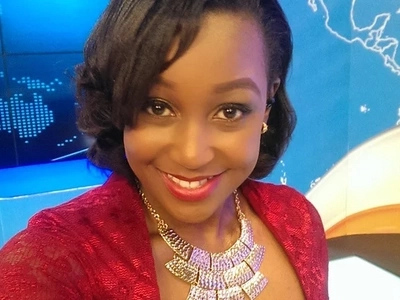 Okari said he is still married to Betty Kyallo... but these 4 photos POWERFULLY prove they threw away their wedding rings after break-up