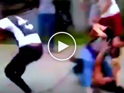 Violent Filipina teenagers viciously assault each other in front of cheering crowd