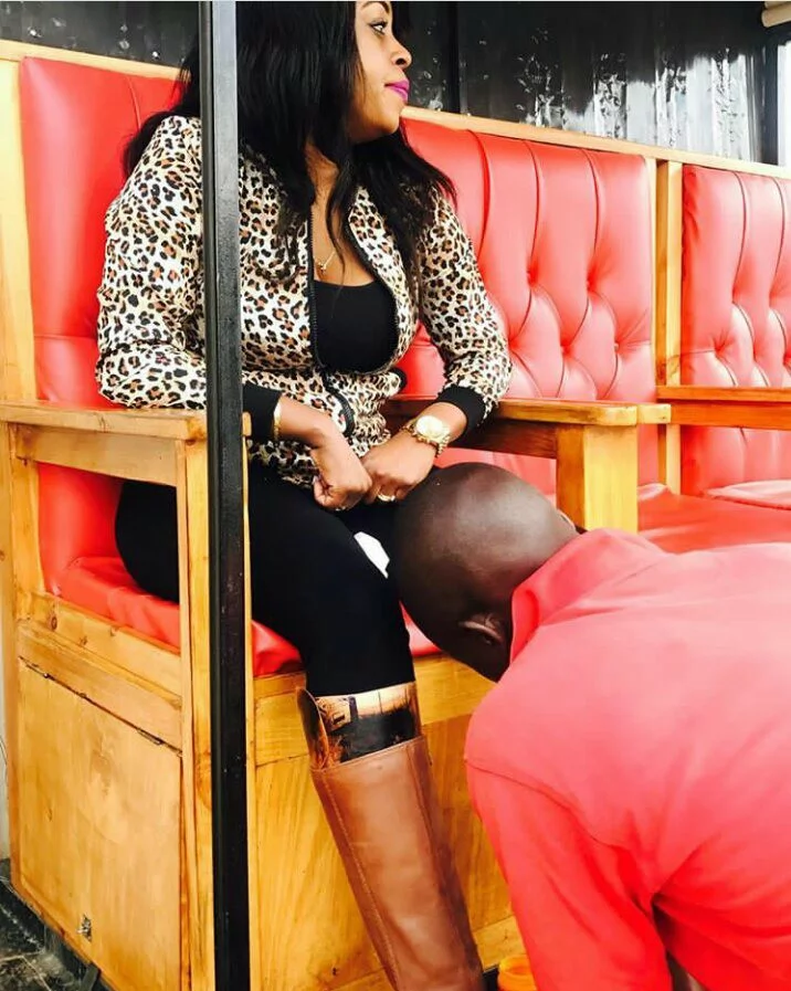 X times Citizen TV's Lilian Muli has hidden her knuckles from her funs, did she bleach?