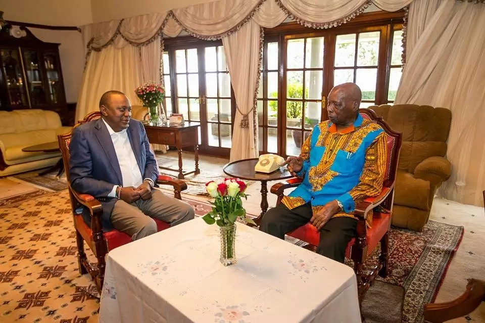 Former President Moi's message to Uhuru ahead of swearing-in