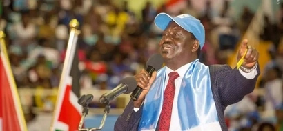 Raila shocks audience after confusing Kalonzo's wife in the most awkward moment (video)