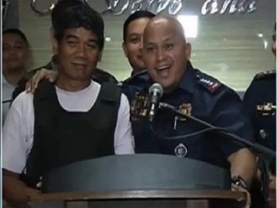 Papogihan na lang daw oh! General Bato wonders who is more handsome between him and Ronnie Dayang