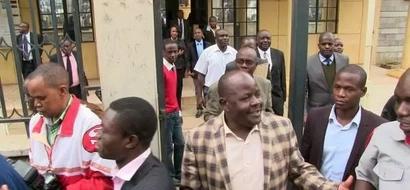 Mumias Farmers Travel To Nairobi For Kidero Vs. Khalwale Defamation Court Case