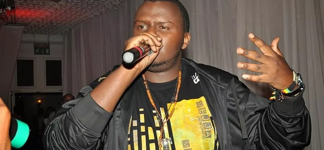 Kenyan rapper loses cool during live TV interview, BADLY insults fan who commented on his weight