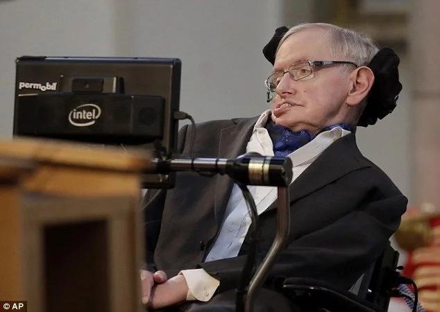 Robots could soon outperform humans! Professor Stephen Hawking warns