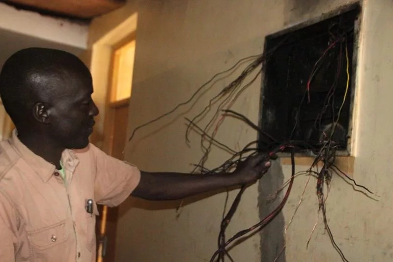 Moi university students confuse electric fault for al-Shabaab attack