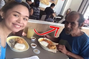 A professor in Ateneo and UP turned into a beggar. This 70-year who speaks English fluently caught the attention of this student!