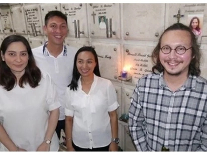 Mukhang nagbagong buhay na! Baron Geisler visits his late mom's grave to commemorate her 1st death anniversary