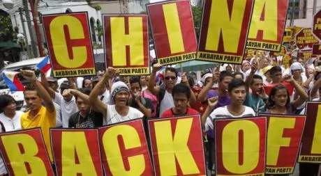 #Chexit trends, 'netizens' flood Twitter with hugot lines