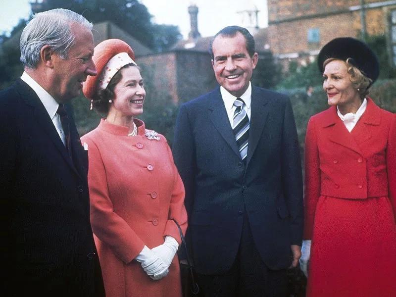 Photos of Queen Elizabeth meeting 11 US presidents