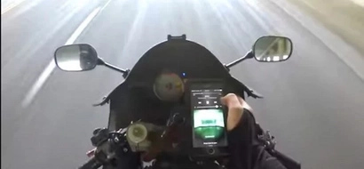 Stupid Motorcycle Rider Checks His Phone And Gets Into An Accident