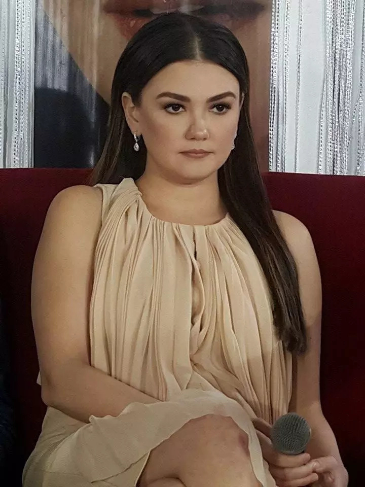 Angelica Ng Nude Photos 19