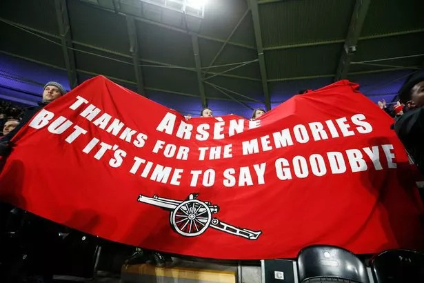 Wenger will not step down and brushes off criticism
