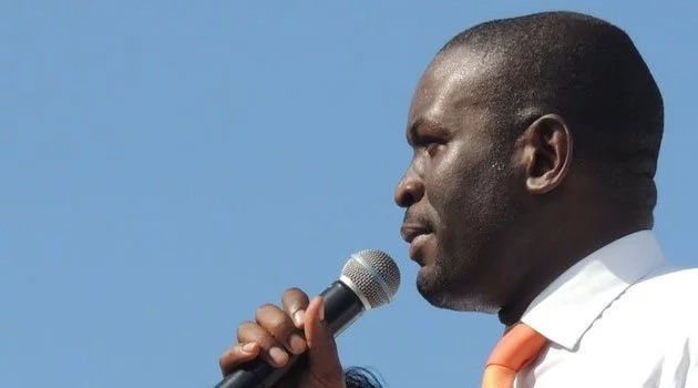 Orange Democratic Movement (ODM) party Secretary General Edwin Sifuna challenged the government to compensate the late Kenneth Matiba's family before burial. Photo: Capital FM.