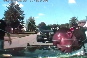 Shocking footage shows cop cracking windshield with black man's head