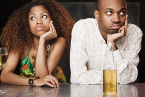 Kenyan man takes a girl to a date, then she orders Whisky worth 62,500....Guess what he did?