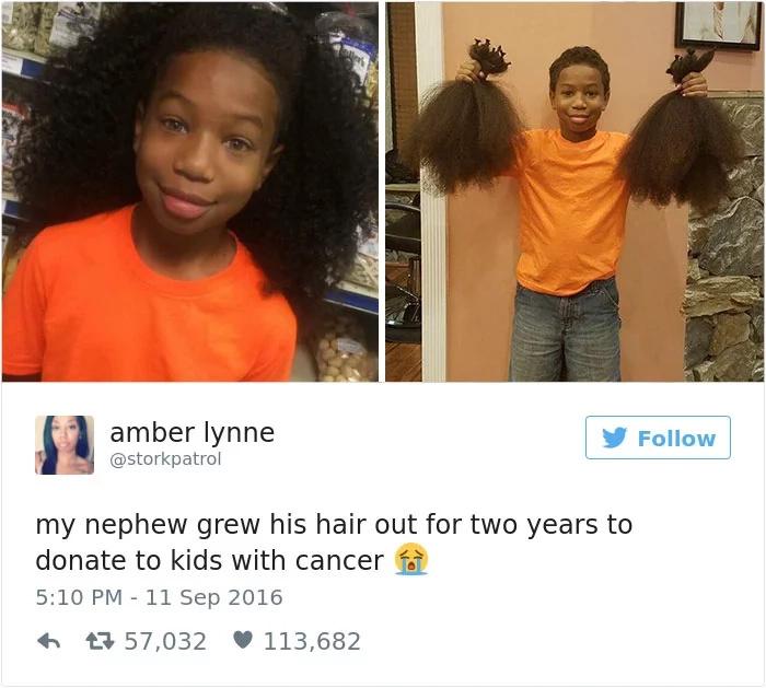 Este fantástico niño dejó crecer su pelo durante dos años para donarlo a pequeños con cáncer