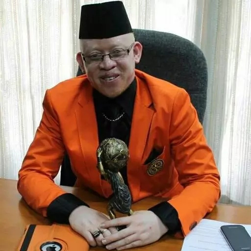 How albinos are murdered in Africa