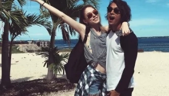 Is Jake Cuenca back together with his ex-girlfriend?