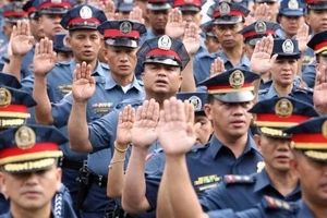 Did police hire killers to help in Duterte's anti-drugs campaign? Find out here!