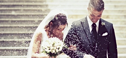 The lady followed these 5 white wedding must have tips, and her wedding was a blazing success