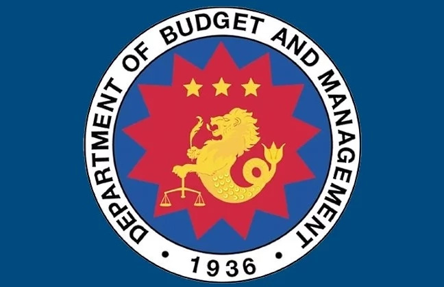 'Eto na ang iniintay ninyo! Government employees will receive ₱5000 incentives on December 15, 2017