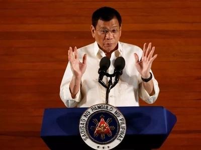 Duterte tells critics to blame God for sending him to save PH