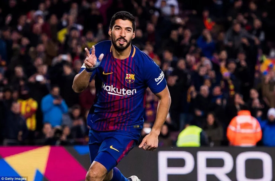 Barcelona vs Valencia Match That Saw Luis Suarez Claim His 16th Goal in 16 Games