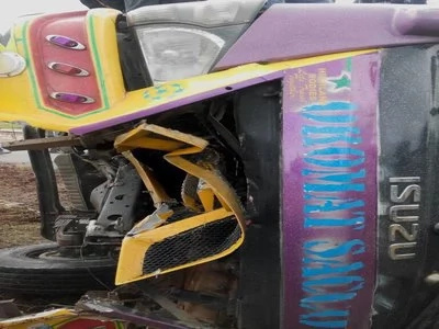Radio Jambo producer escapes with minor injuries after matatu overturns