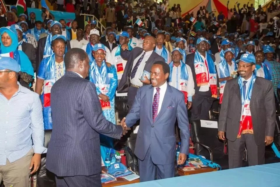 Tempers flare at Wiper party meeting after Kalonzo angers members