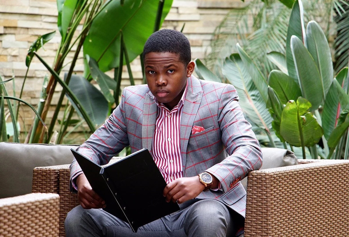 23-year-old Sandile Shezi becomes a millionaire after using his tuition to trade Forex