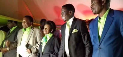 The photo of Ababu Namwamba and William Ruto that has left tongues wagging