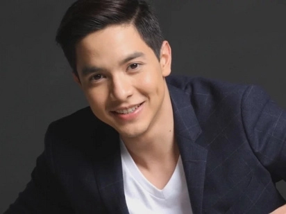 Alden Richards wakes up to a 'mystery girlfriend'