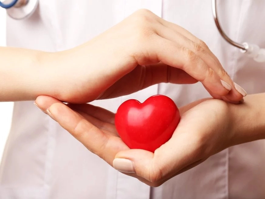 Un mes antes de un ataque cardíaco tu cuerpo te alertara-aquí 6 sintomas