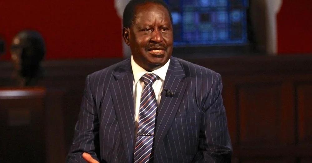 Raila adhihirisha furaha yake baada ya Robert Mugabe kuondolewa mamlakani