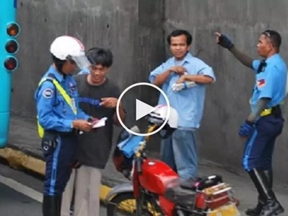 Nangongotong daw! Scared Pinoy motorcycle rider accuses MMDA enforcers of abuse and bribery
