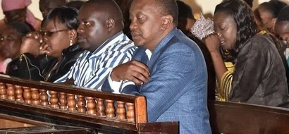 PHOTO: See Uhuru Kenyatta's Moment With God