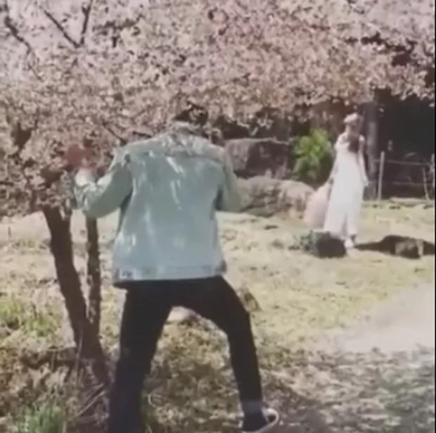 Daniel Padilla does a prohibited act in Japan