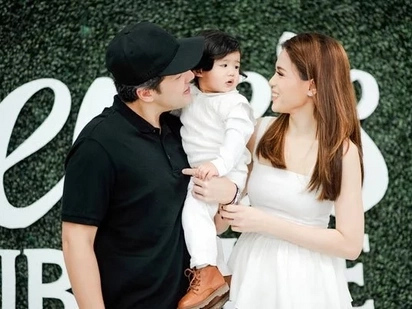 Cuteness overload! Seve hits 1st life milestone with his loving family