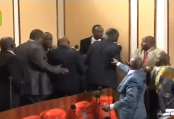Chaos erupt in Machakos county assembly as MCAs trade blows