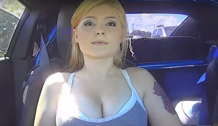 Sexy Girl Has A BLAST While Riding On 1200HP