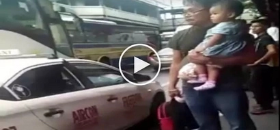 Walang awang driver! Selfish Pinoy taxi driver forces old man and grandchild out of car due to heavy traffic in EDSA