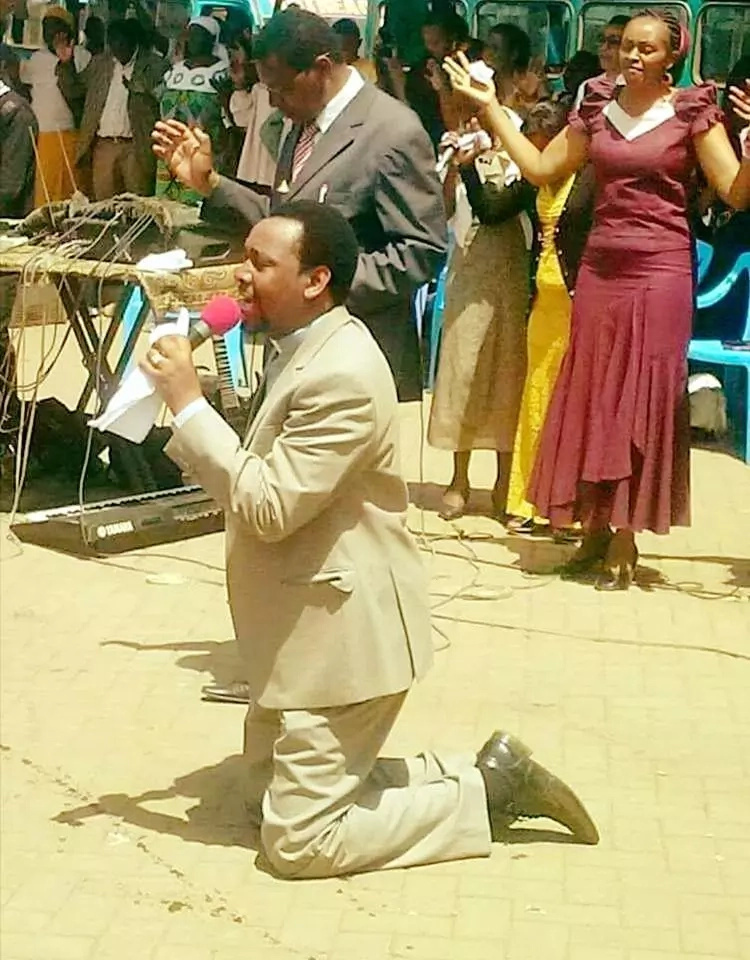 Vocal Kayole pastor now claims witchcraft has been directed at Uhuru